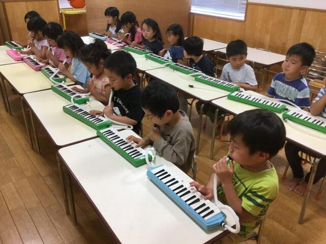 鍵盤ハーモニカ(本園 青組)